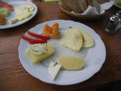 Käseplatte auf der Kristenalm